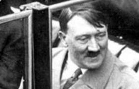 OMG! 2.5 लाख में नीलाम हुई हिटलर की बीवी की निकर, जानें क्यों