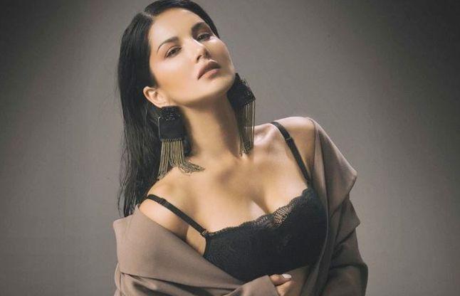 आपने अभी तक नहीं देखा होगा Sunny Leone का एेसा फनी वीडियो