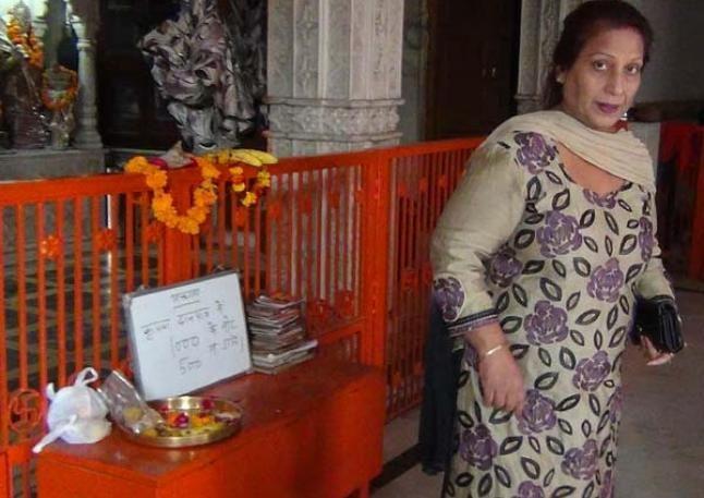 नोटबंदी के बाद मंदिरों में लगा नोटिस, भक्त कर रहे गजब की मांगें
