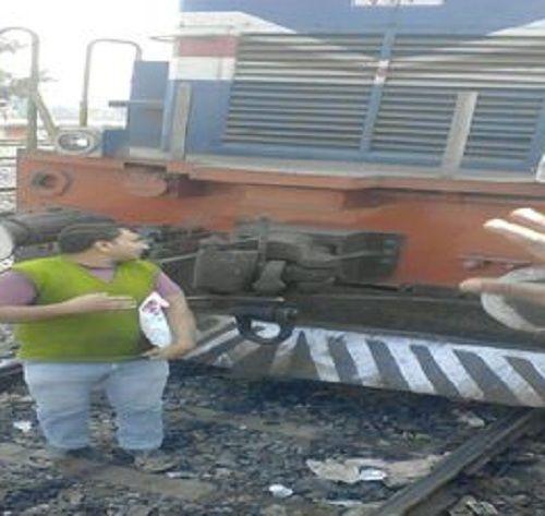 स्टेशन मास्टर ने किया दुर्व्यवहार तो युवक ने एक घंटे तक रोक दी ट्रेन, मचा हडकंप