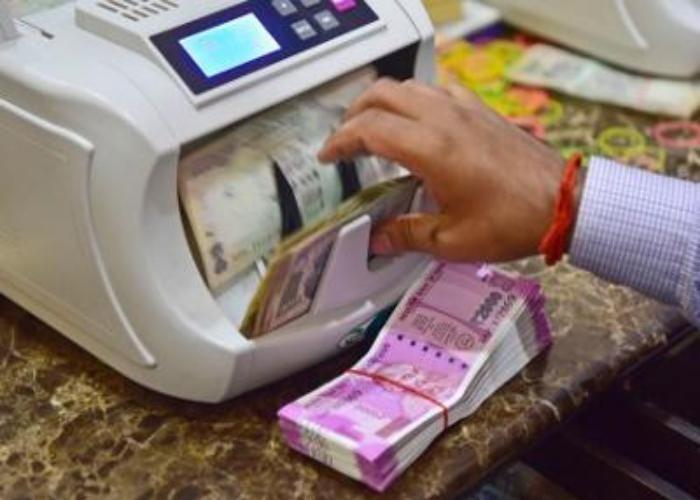 राज्य में गहराया करेंसी संकट, RBI भी नहीं ले रहा पुराने नोट