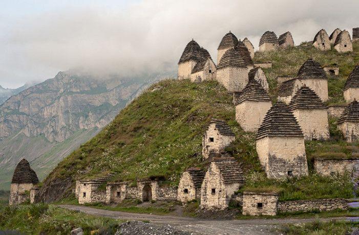 The Mysterious Village Dargavs City Of The Dead - ये है मुर्दों का शहर!  यहाँ जो भी गया, वो लौट कर नहीं आया | Patrika News