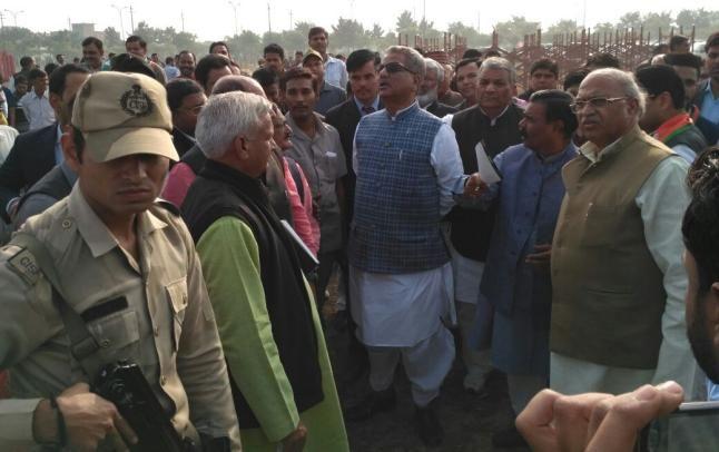 नोटबंदी पर पीएम मोदी के साथ खड़ा है देश: ओम माथुर