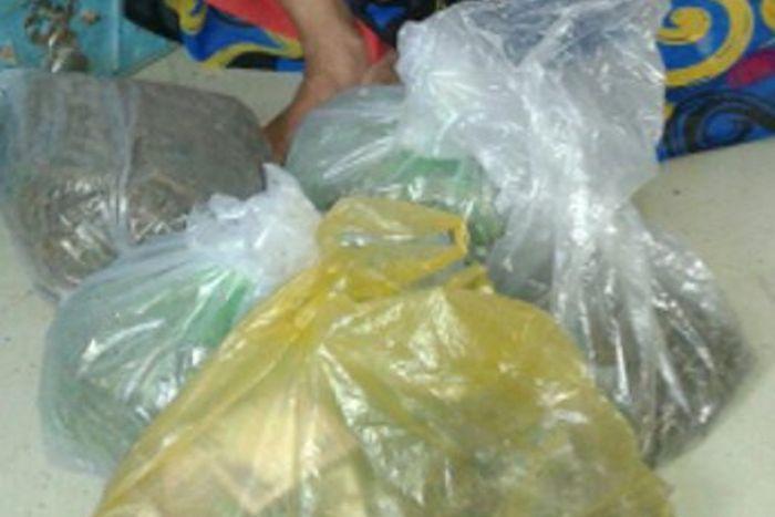 4 किलो गांजा के साथ तस्कर चढ़ा पुलिस के हत्थे