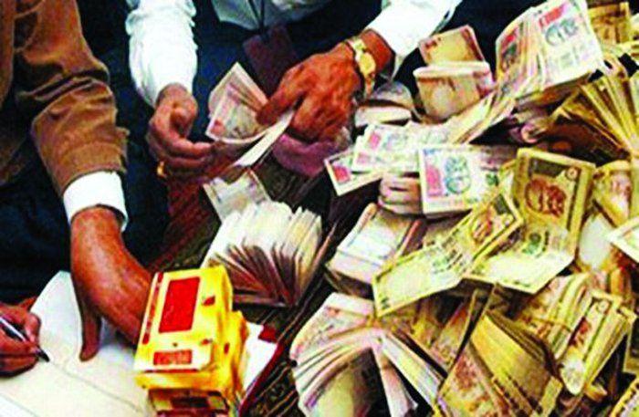 काले धन के मामले में फंसे जोशी दंपत्ति के खुल रहे हैं राज, जानिए कहां खर्च किया रुपया