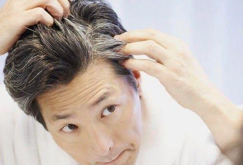 इन आदतों की वजह से सफ़ेद होते हैं आपके बाल