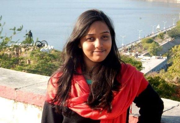 इस बहादुर लड़की ने अंजान कैब ड्राइवर की मदद कर फेसबुक पर लिखा कुछ ऐसा कि लोग बोले 'वाह'