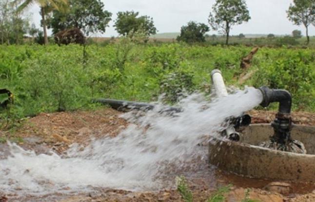 कुदरत का करिश्मा: ट्यूबवेल से निकलता है खौलता हुआ पानी