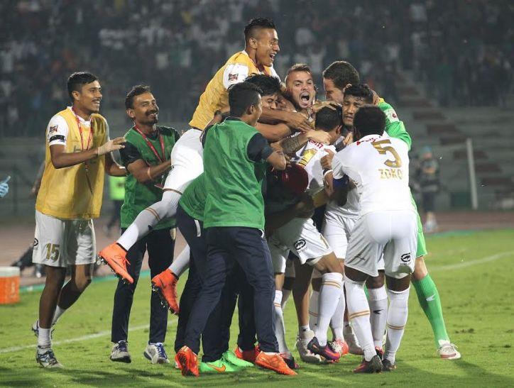 दिल्ली को हराकर नार्थईस्ट सेमीफाइनल की दौड़ में बरकरार
