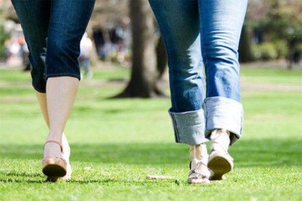 हेल्थ टिप्स : अपना वजन घटाएं, रोज सैर पर जाएं
