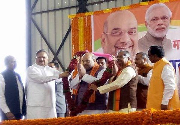 BJP ने दिया ऐसा पीएम जिसकी आवाज मां-बेटे नहीं पूरा देश सुनता है- शाह