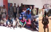 पति का सिर मुड़वा पीठ पर चोर लिखकर गांव घुमाने वाले पूर्व पति सहित 8 Arrest