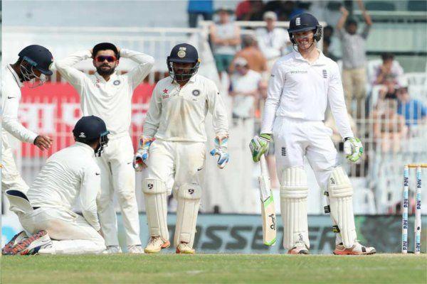 पहली पारी में 477 रन बनाने के बाद भी इंग्लैंड की टेस्ट मैच में भारत से हार पर आप क्या सोचते हैं?