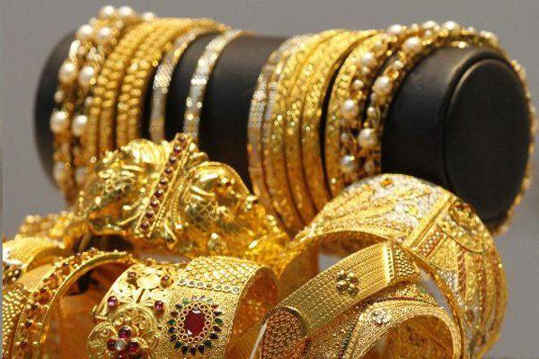 डॉलर में आई मजबूती से टूटा सोना-चांदी, भाव हुए कम