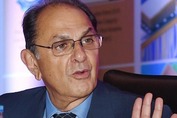 वाडिया ने टाटा संस,रतन टाटा के खिलाफ मानहानि का मुकदमा दायर किया