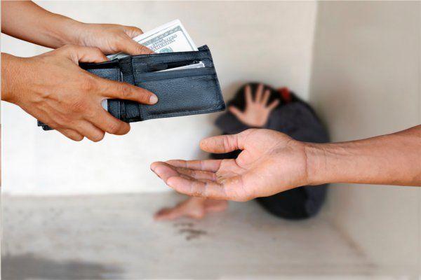 बच्चों को किडनेप कर बेचने गई थी महिला, पुलिस ने पकड़ा तो उगले ये राज
