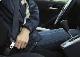 ड्राइवर ने सीट बेल्ट नहीं लगाई तो अफसर को होगी सजा