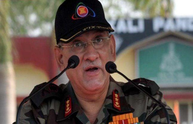जनरल रावत ने जवानों से की अपील, सोशल मीडिया पर न करें शिकायत