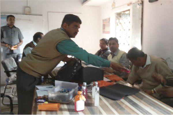 लोकायुक्त पुलिस ने नोडल अधिकारी को पकड़ा, प्रिंसिपल से मांगे थे 5 हजार