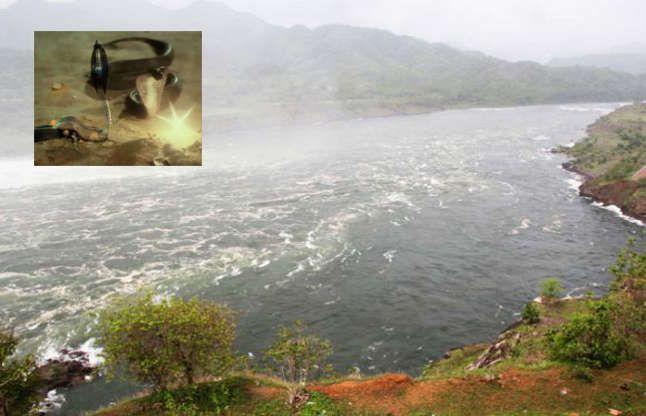 इस नदी के तट पर तप करते हैं मणिधारी नाग, यहांहैमणिनागेश्वर शिवलिंग