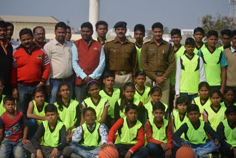 खेलो इंडिया संभागीय प्रतियोगिता में शामिल होने बालाघाट की बास्केट बाल टीम रवाना