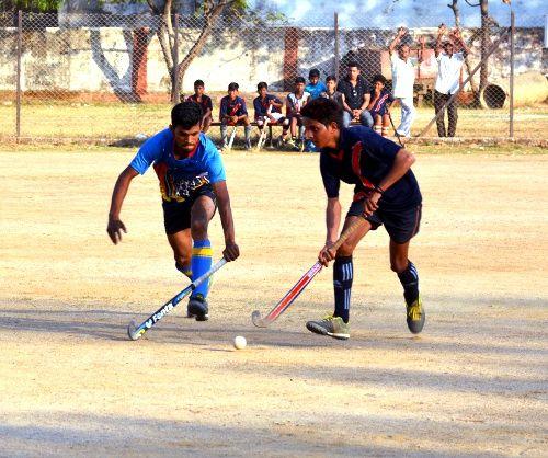 ताज स्र्पोटिंग और डे बोडिंग बालाघाट ने जीते मैच