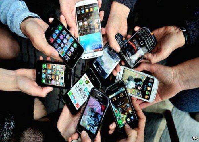 विद्यार्थियों को मिलेंगे स्मार्ट फोन
