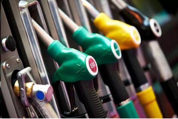 पेट्रोल पंप पर नहीं चलेंगे डेबिट-क्रेडिट कार्ड, एआईपीडीए ने किया फैसला