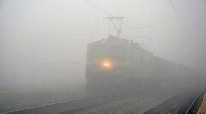 संघमित्रा एक्सप्रेस रद्द, देरी से चल रही हैं ये ट्रेनें