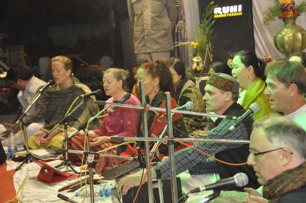 ऑस्ट्रेलिया के बैंड ने प्रस्तुत किए संस्कृत, हिंदी और मराठी भजन