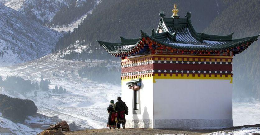 बौद्ध समारोह में भाग न लेने तिब्बतियों के पासपोर्ट चीन ने किए जब्त