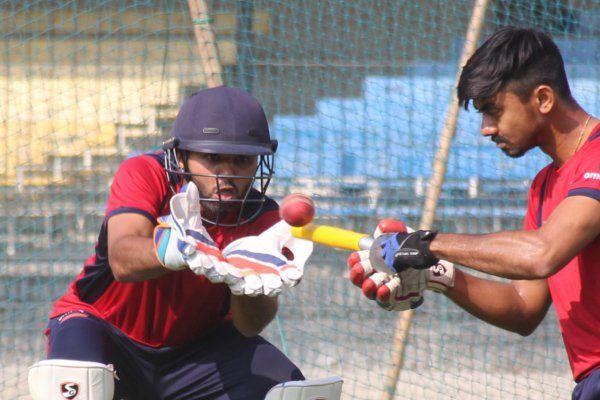 रणजी ट्रॉफी के फाइनल के लिए खिलाड़ियों ने कसी कमर, कांटे की रहेगी टक्कर
