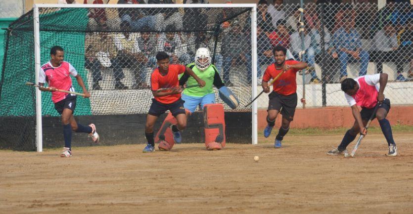 जालंधर और अमरावती ने जीते मैच