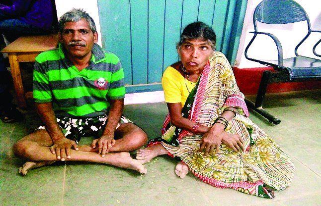 फाइलों में सुगम्य भारत दिव्यांग भाई-बहन वर्षों से लगा रहे ट्राई साइकिल के लिए चक्कर