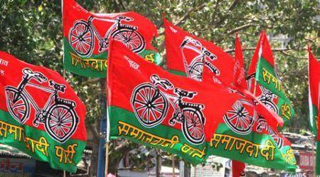 सपा के पूर्व मंत्री का दावा- हमें मिलेगा साइकिल का चुनाव चिन्ह