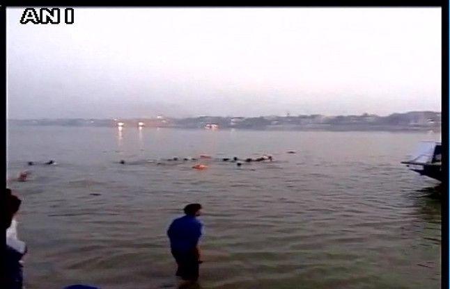पटना में नौका दुर्घटना में 21 मरे, कई लापता