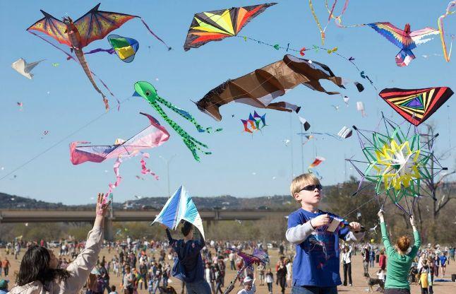 धरती से आकाश को जोड़ती है पतंगें, ऐसी है पतंग उड़ाने की पूरी कहानी