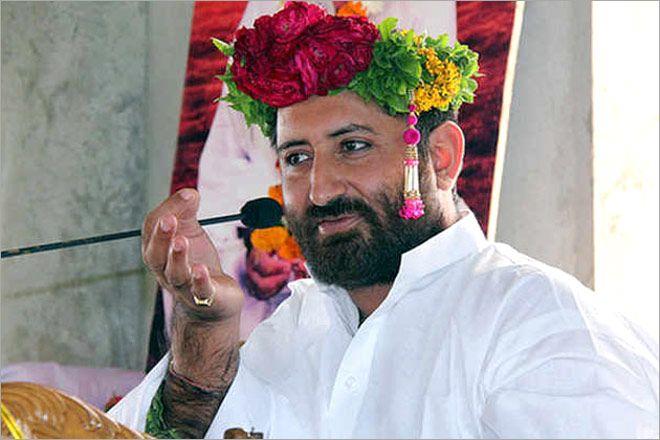 आसाराम बापू के बेटे यूपी की सबसे बड़ी विधानसभा सीट से इस पार्टी से लड़ना चाहते हैं चुनाव