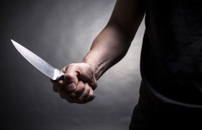 यात्री से बोला - घर तक छोड़ दूंगा फिर बीच रास्ते में चाकू निकाला और...