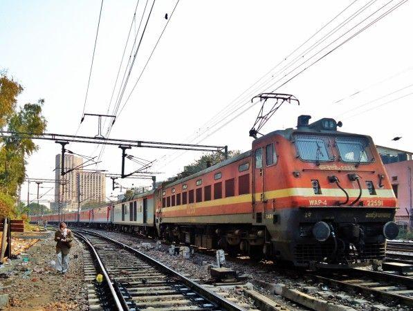 मुंगेर में रची गई थी रेल ट्रेक उड़ाने की साजिश, हुआ खुलासा