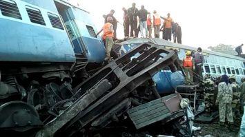 हिराखंड एक्सप्रेस बेपटरी, 39 यात्रियों की मौत, 69 से ज्यादा घायल