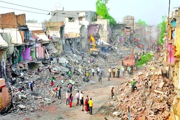 सड़क चौड़ीकरण के लिए तोड़े 196 मकान, स्कूल और धर्मशाला भी जमींदोज