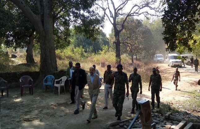 हमले की आलोचना हुई तो CM के दौरे से पहले बेला भाटिया से मिलने पहुंचे DG