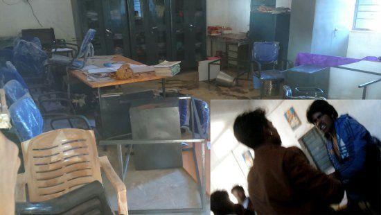 गृहमंत्री के गांव में हथियारबंद युवकों ने मचाया आतंक, स्कूल में शिक्षकों से की मारपीट
