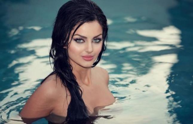 Iranian Model Mahlagha Jaberi