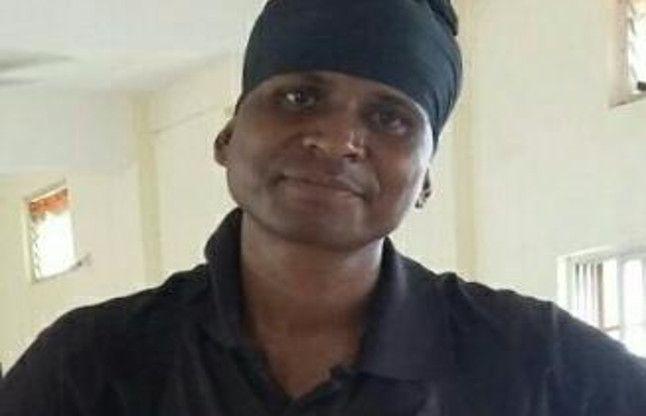 पेट में गोली लगने के बाद भी नक्सलियों का सामना करते हुए शहीद हुआ जवान