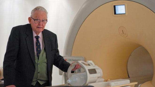 MRI के खोजकर्ता मैन्सफील्ड का निधन, 2003 में मिला था नोबेल पुरस्कार