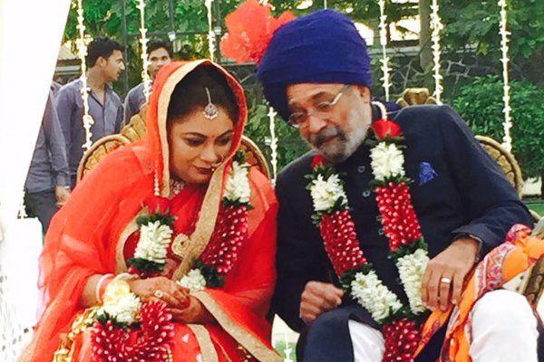 उम्र के बंधन से दूर है इनका प्यार, 16 साल के बाद निभाया वादा और की शादी