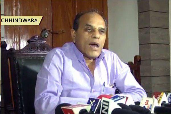 BREAKING NEWS - बालाघाट नहीं, छिंदवाड़ा में योग करेंगे कृषि मंत्री