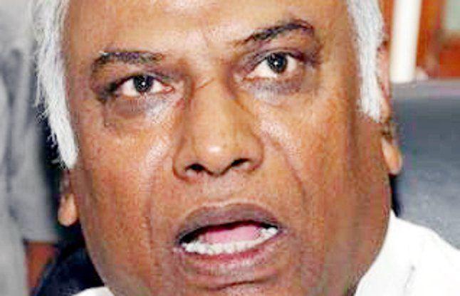 केंद्र सरकार ने लीक करवाए हैं दस्तावेज: मल्लिकार्जुन